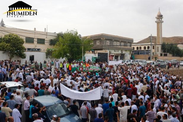 مسيرة لا لمصنع الإسمنت إيغزر نثاقا واد الطاقة بوحمار باتنة إينوميدن.كوم (9)