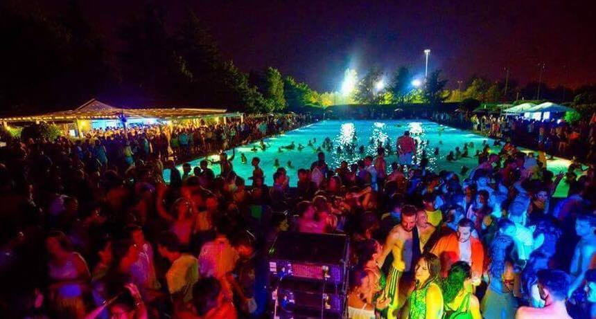 10.06.17 Pool Party Harbour Club