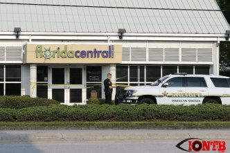 Scene minutes after the robbery at the Floridacentral Credit Union in Seminole
