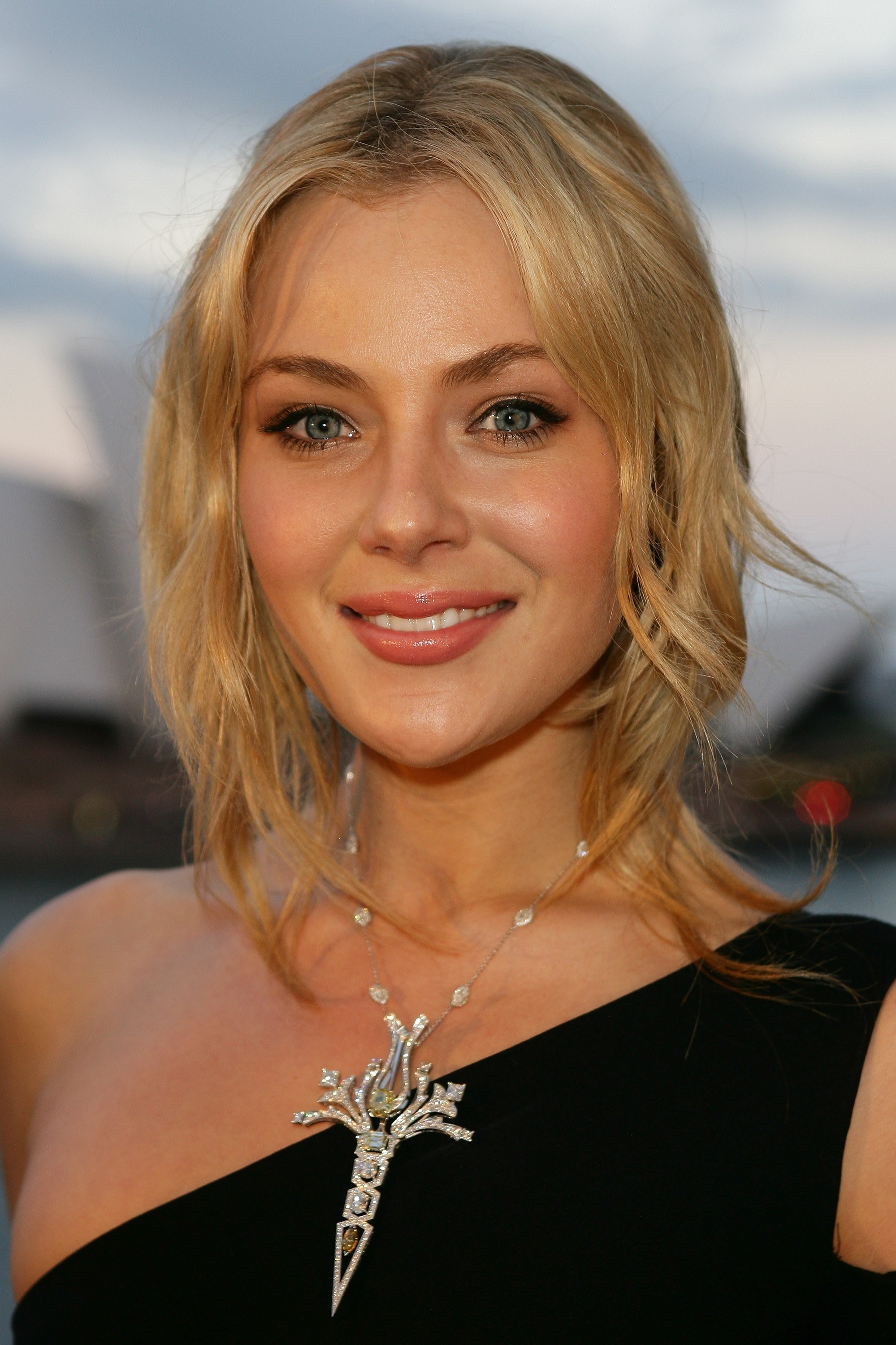 Crazy Iphone 5 Wallpapers Jessica Marais Wallpaper Ios Mode