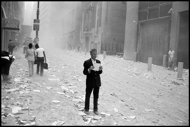 Dream About Wallpaper Falling Off Excellent Street Photography By Alex Webb Of Magnum Photos