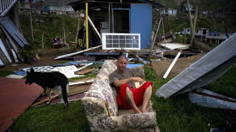 242663g-puerto-rico-maria-devastation-e1506960067911