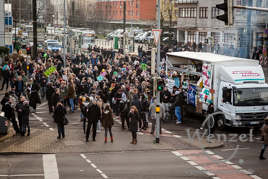 Magdeburg - bunt statt braun - Demonstration Neustädter Bahnhof