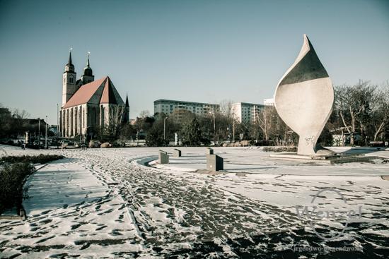Unterwegs in Magdeburg - Januar 2016 -  Elbuferpromenade - Johanniskirche - Monument der Völkerfreundschaft