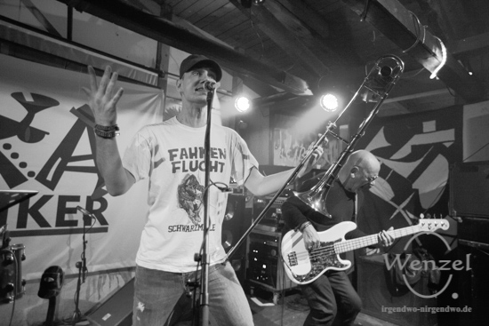 Jugendzentrum, Knast, Magdeburg, Party, Punk, Ska, Skanatiker –  Foto Wenzel-Oschington.de