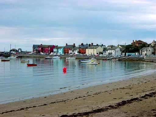 http://en.wikipedia.org/wiki/File:Harbor_at_Skerries,_Ireland.JPG