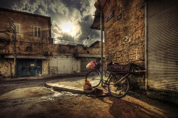 Urban moment