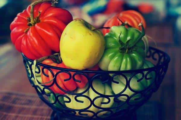 fruit-in-bowl