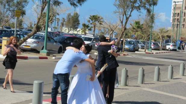 Newlyweds at Hatachana