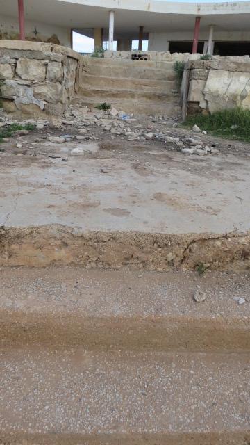 Montazat al Lido - steps to receding sea