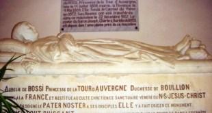 Mausoleum-Aurelie-de-Bossi-Pater-Noster
