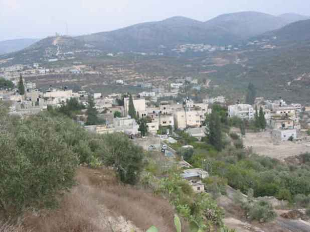 View of Sebastiyah, 2009 (Behind on the right is Ijnisinya - اجنسنيا ) Photo: Shuki