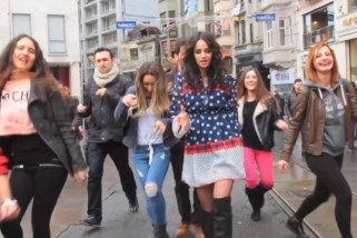 Istanbul dances to Pharrell Williams hit 'Happy' video