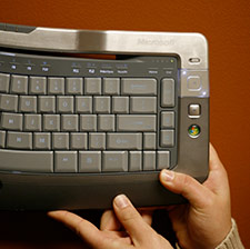 Wireless Entertainment Desktop 8000