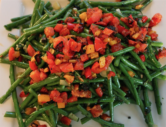 Fresh Green Hericot Vert with Roasted Vegetables