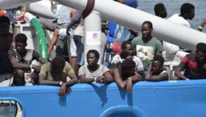 Migranti - 090248367-2d060dbd-aa0b-488b-8072-40413aa5044d - www-repubblica-it - 350X200