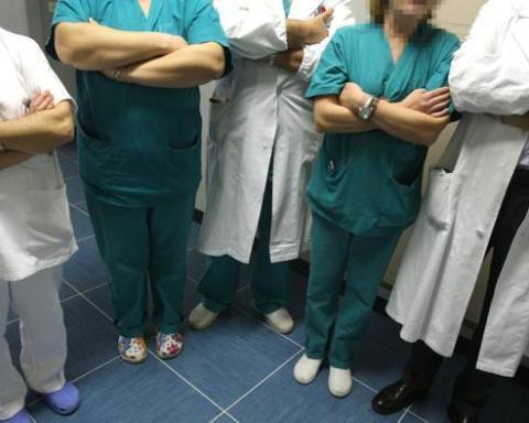 Sanità, allarme choc dei chirurghi- i bisturi mostri non tagliano