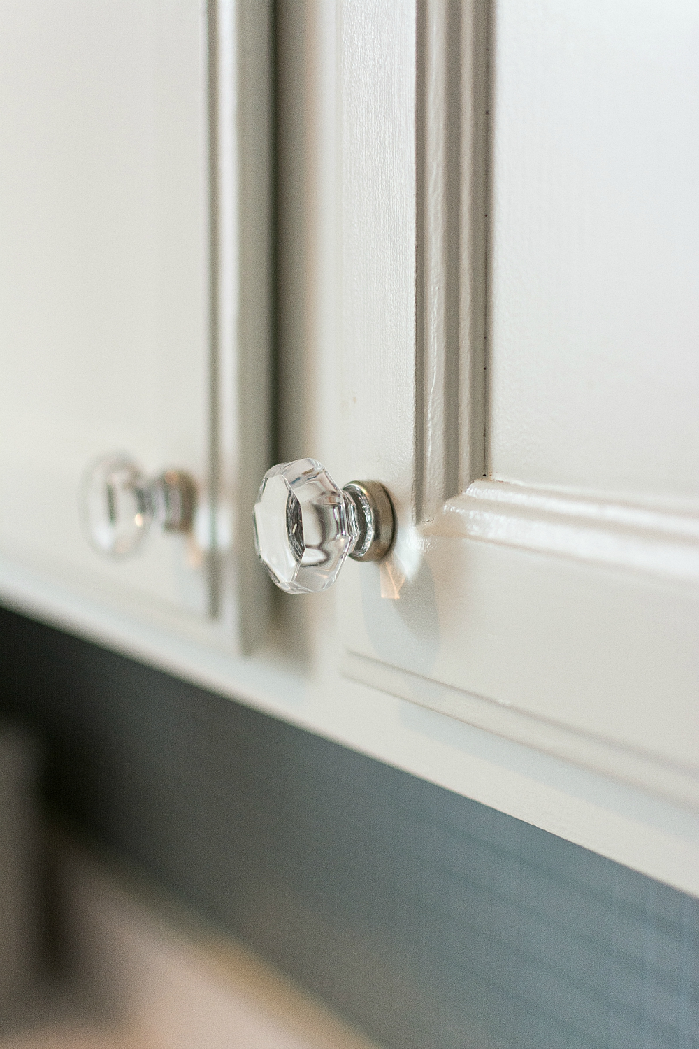 glass knobs in white kitchen from d. lawless 6 of 17