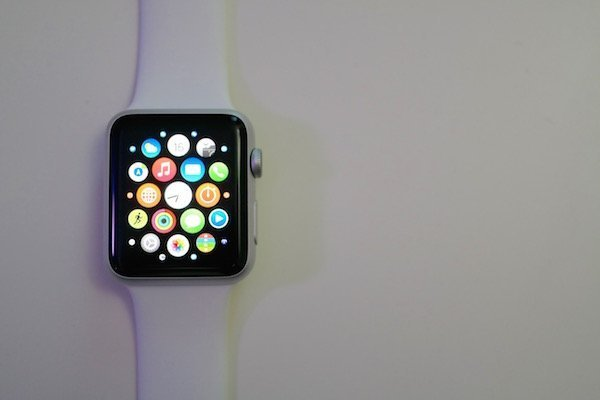 WatchOS 1.0.1 Released by Apple With Performance Improvements and More!