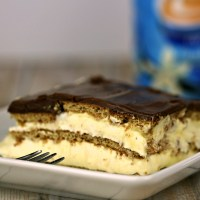 No Bake Desserts: Easy Chocolate Eclair Cake
