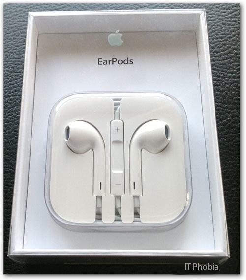 Apple Earpods with Remote and Mic EarPods Box