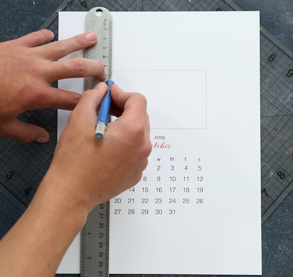 how to make a photo calendar at home for free