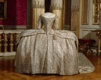 18th Century Fashion. Marie Antoinette & Haute Couture