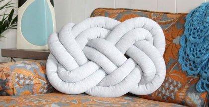 knot-pillow10