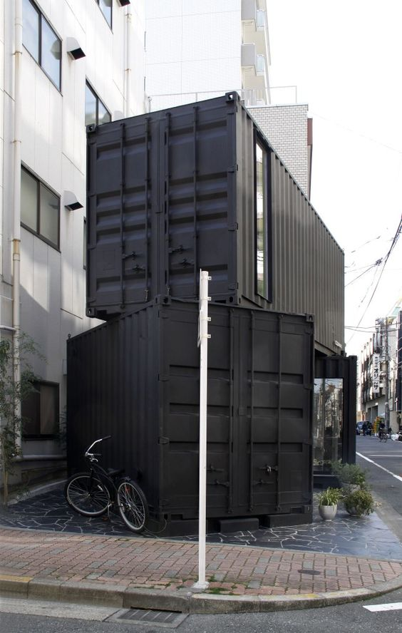 Tomokazu Hayakawa Architects - Container Design (Cube)