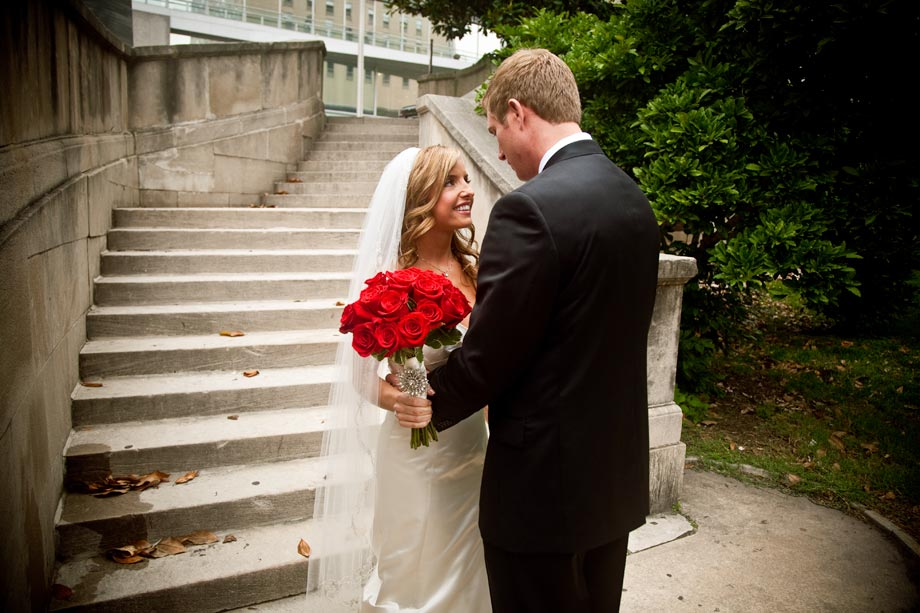 bride and groom at mount vernon stairs