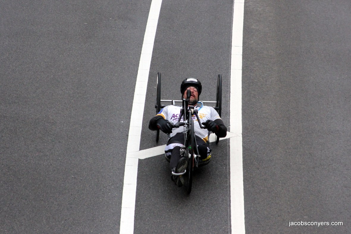 I think this is Tom Davis, men's handcycle winner