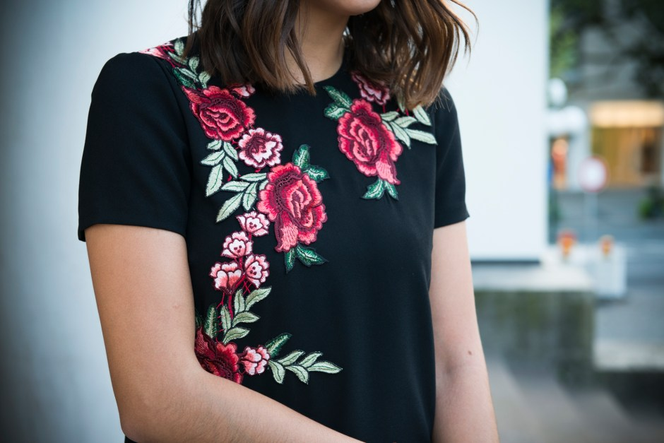 Stickerei Embroidery Zara Rosen Kleid