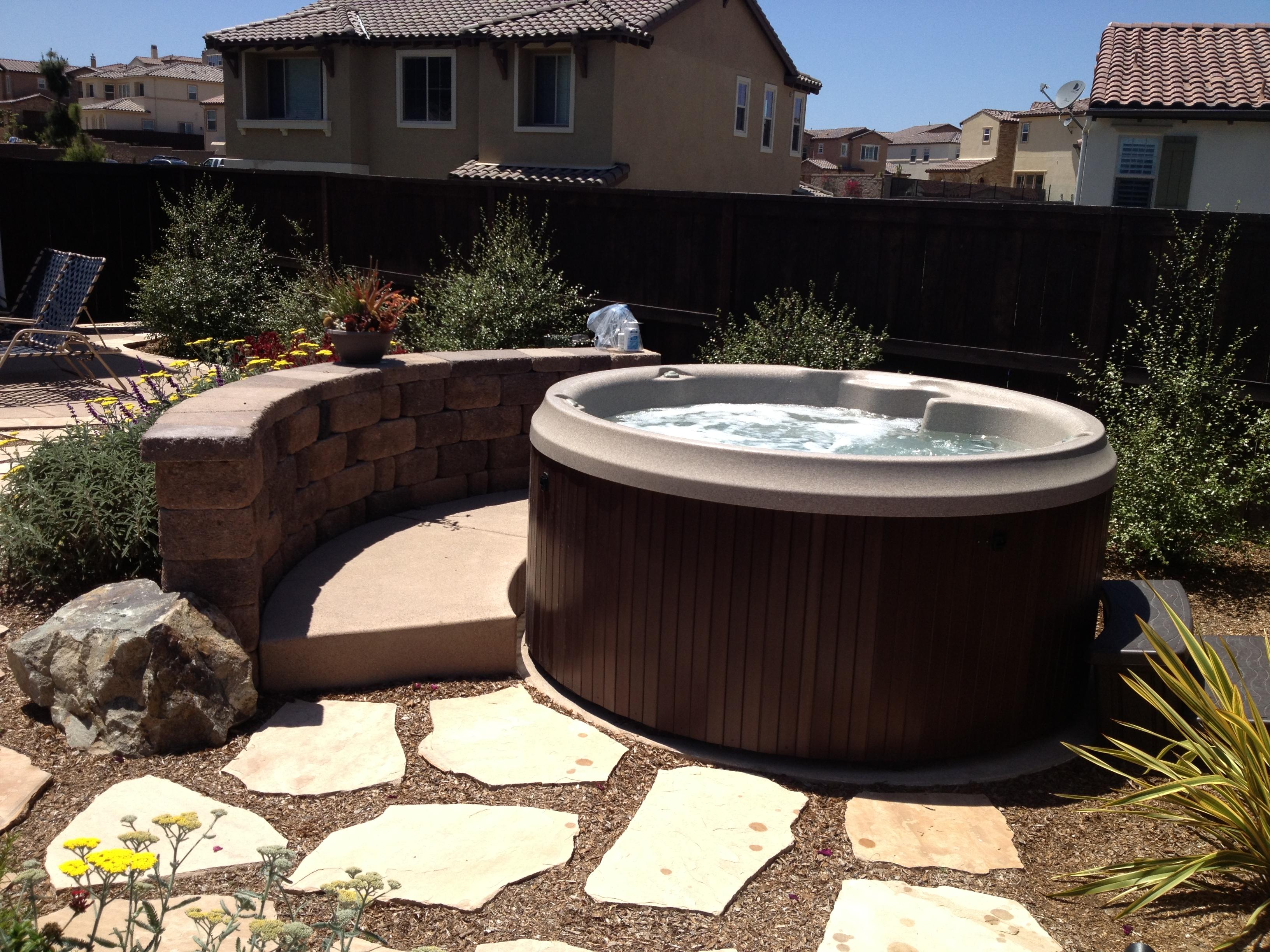 Fullsize Of Round Hot Tub
