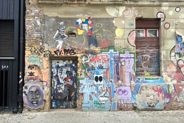 At the heart of Berlin, exists Mitte, an affluent neighborhood known for its shops, eats, and galleries. Find out the best way to spend a day in Mitte!