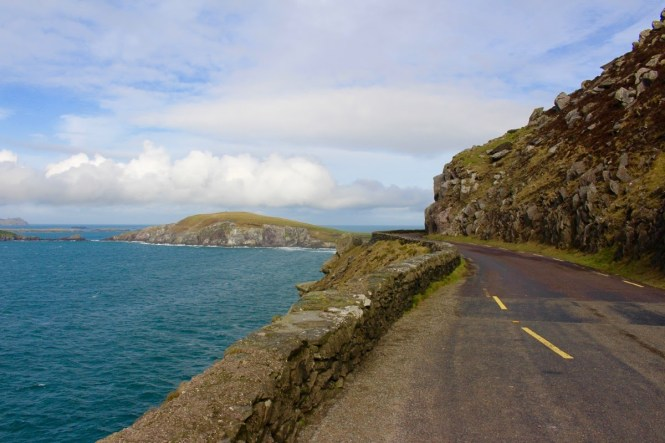 Dingle Peninsula and the Slea Head Loop - the perfect escape #Ireland #sleaheadloop #dingle