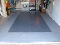 PVC-Garagenboden mit Klicksystem aus Fliesen/Platten  PVC ...