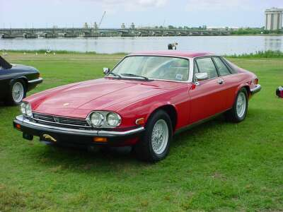 Jag-Lovers Model Guides  The XJS
