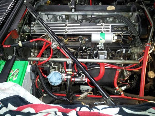 Vacuum line replacement pics  In glorious technicolour - Jaguar
