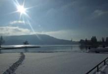 annecy le vieux - le lac enneigé