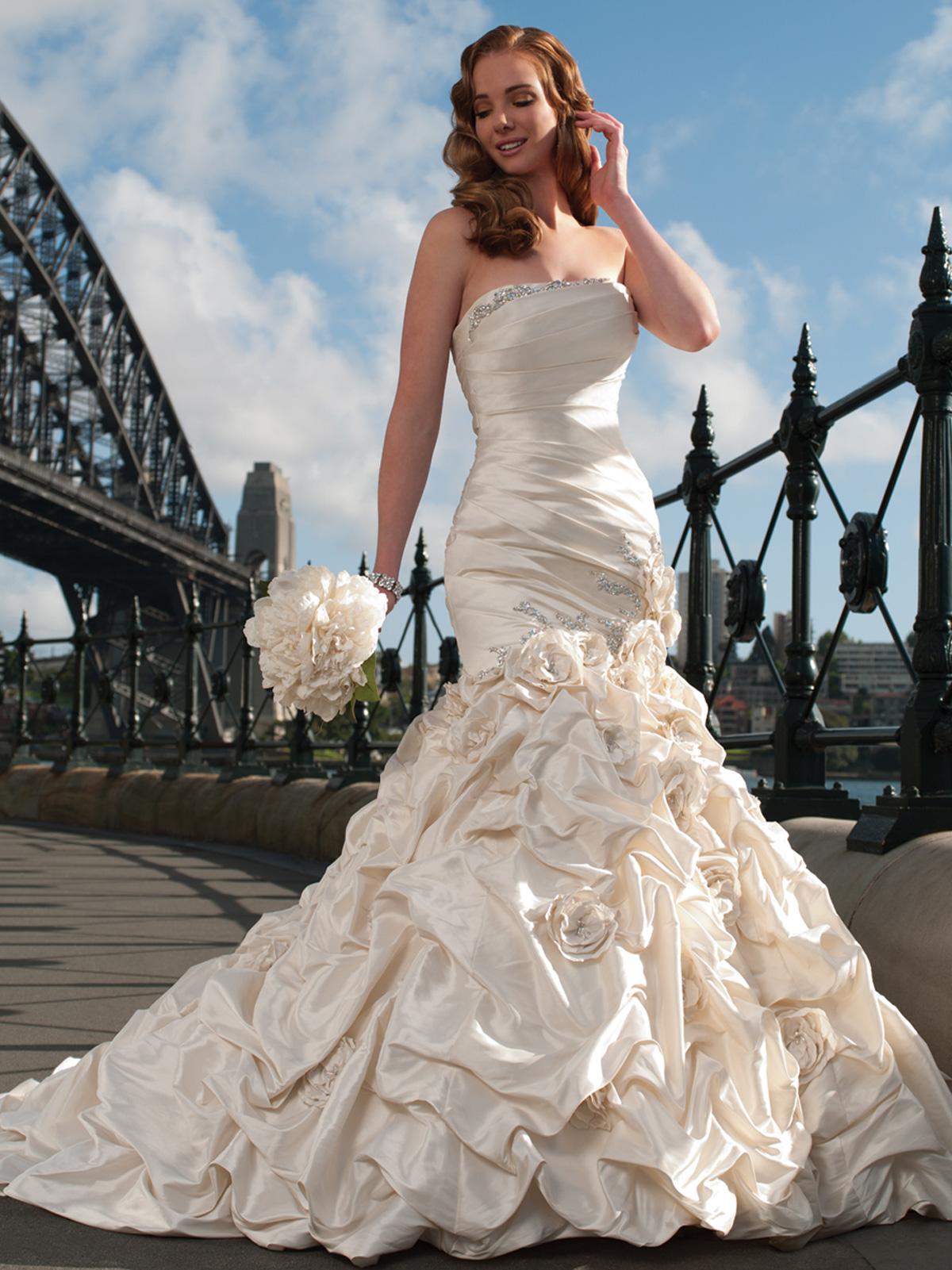 mermaid wedding dresses black mermaid wedding dresses Champagne Handmade Rose Pick Up Mermaid Wedding Dress