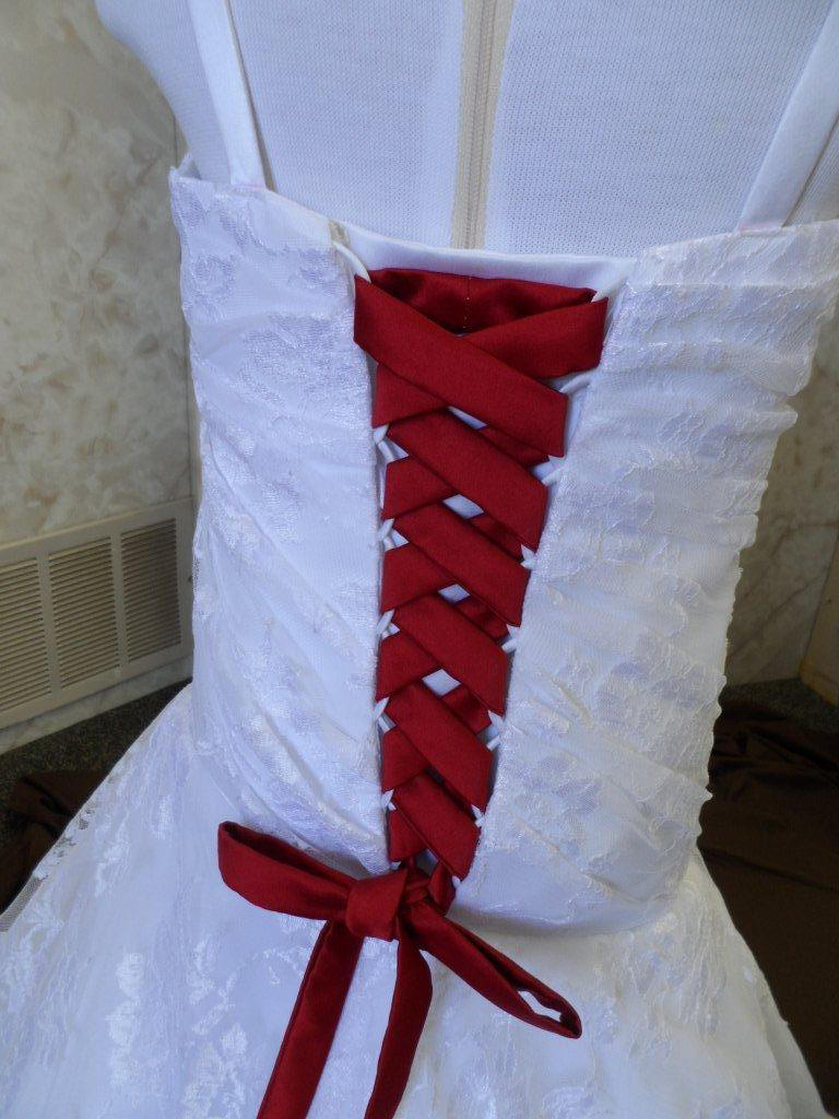 WD wedding dresses with red lace miniature bridal gown lace miniature bridal gown