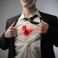 كيفية ازالة بقع الدم عن الملابس بسهولة