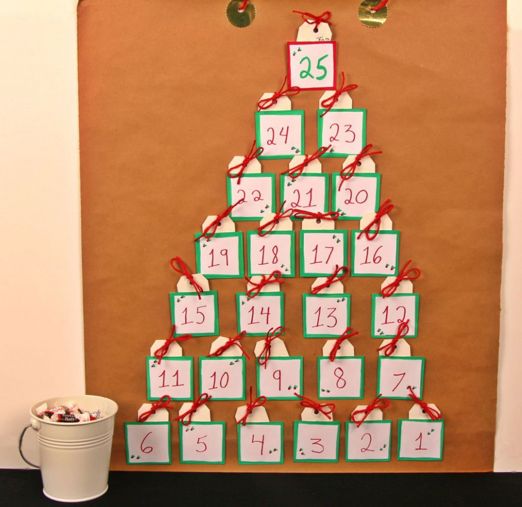 Create Your Own Calendar Kids Make Your Own Advent Calendar To Countdown The Days Til Homemade Advent Calendar Kraft Paper And Candy