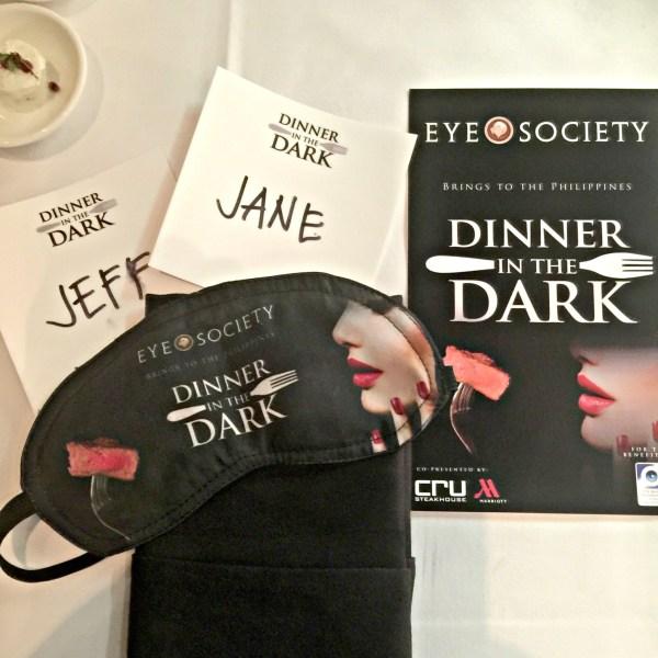 eye-society-dinner-in-the-dark-01