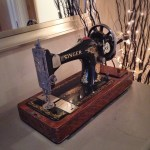 Singer sewing machine – rearranging our hall table and thought I'd have this sitting out for a change