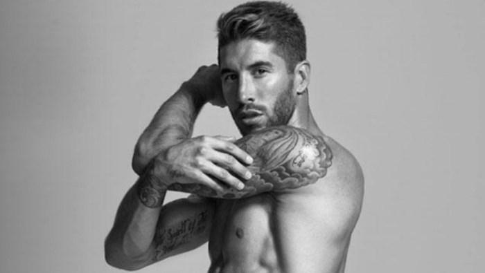 Sergio Ramos'tan 20 dövmeli poz