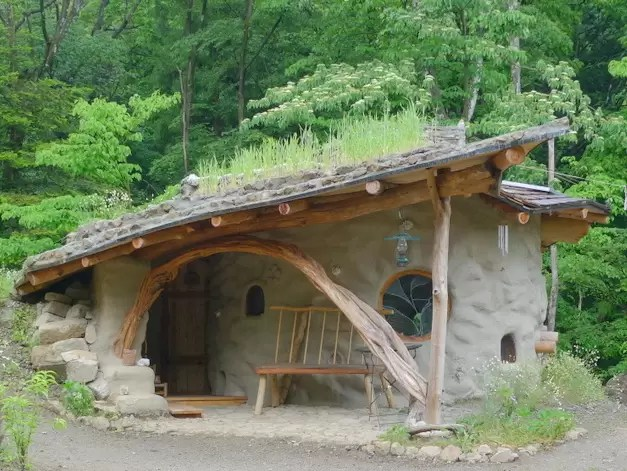 Casas de terra ensacada (superadobe): orgânicas em ...