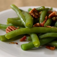 Green Beans with Pecans and Bacon