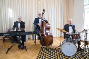 Jazz band inhuren voor receptie muziek. Jazz Trio JazzTraffic
