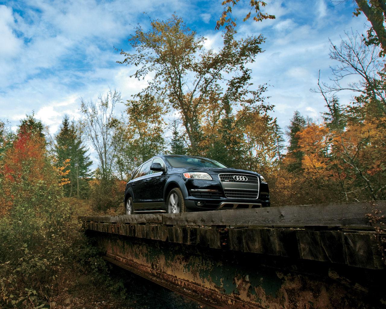Audi Q7 Car Wallpaper Audi Q7 V6 V8 Tdi Premium Plus Prestige Free